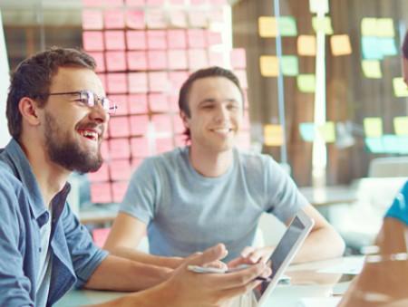 Новый коллектив: как стать своим на новой работе