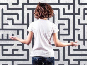 В лабиринте эмоций: как научиться лучше понимать себя и других