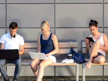 Возраст соискателей: самые зрелые – рабочие, а самые юные работают в культуре