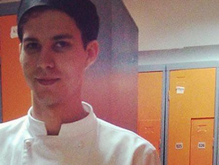 Украинец, который работает батлером в ОАЭ: «Я – личный помощник гостя и должен уметь все»