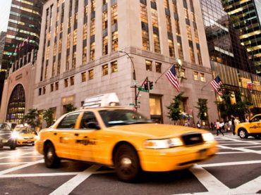 Таксисты Нью-Йорка судятся с мэрией из-за Uber