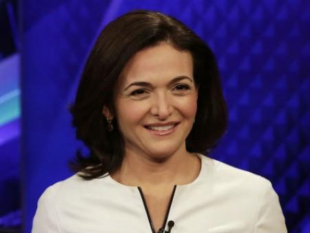 Компании с топ-менеджерами женщинами приносят больше прибыли инвесторам
