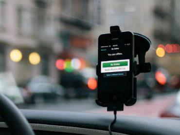 Водители через суд добиваются от Uber официального трудоустройства