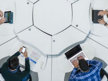 В Мадриде разработали «умный» рабочий стол для командной работы