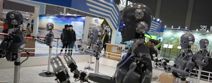 8 сфер, которые роботы изменят до неузнааемости