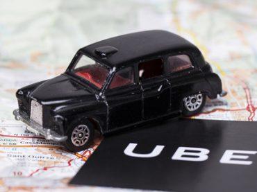 Таксисты Лондона обвиняют Uber в неуплате налогов