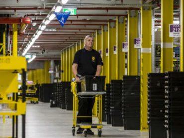 Недовольные сотрудники Amazon угрожают создать профсоюз