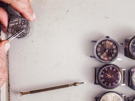 50 000 грн – часовому мастеру: топ-5 самых выкооплачиваемых вакансий месяца