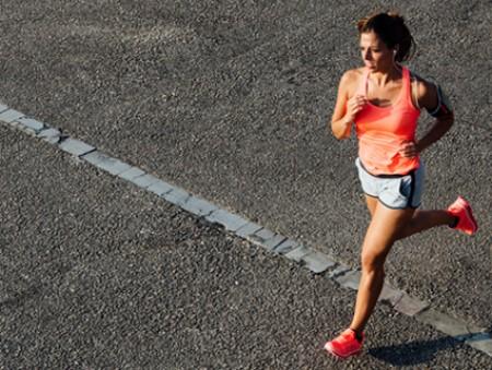 Как начать бегать по утрам: пошаговая инструкция от тренера по триатлону