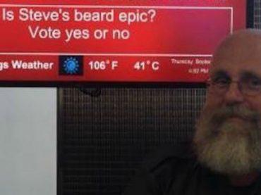 В США сотрудник аэропорта веселит пассажиров «улетными шутками»