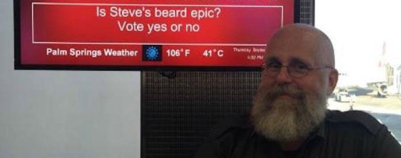 Сотрудник аэропорта веселит пассажиров «улетными шутками»