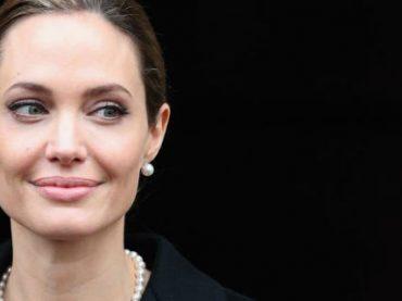 Анджелина Джоли стала профессором в Лондонской школе экономики