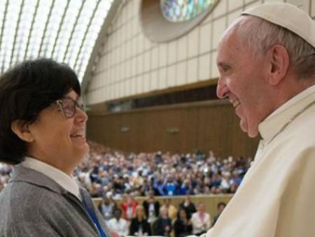 В Ватикане подумывают о том, чтобы разрешить женщинам становиться дьяконами