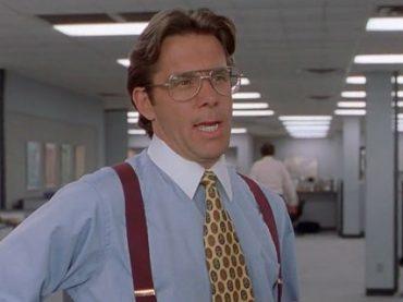 Четверо из десяти сотрудников считают, что босс игнорирует их успехи – опрос
