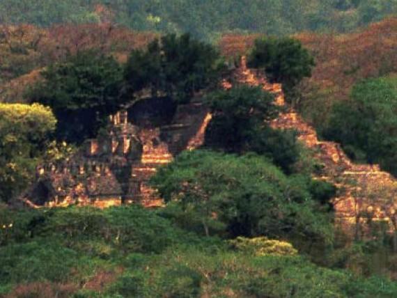 Канадский школьник обнаружил затерянный город майя
