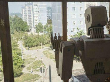 Робот-юрист нашел престижную работу и столкнулся с обвинениями в сексизме