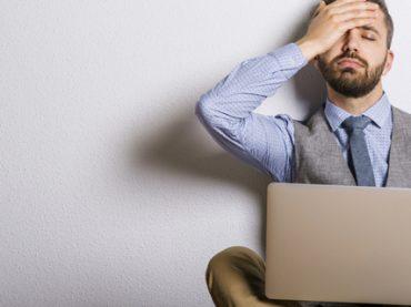 Опрос: какие правила и запреты существуют у вас на работе?