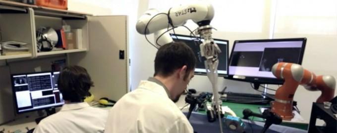 Робот-хирург впервые превзошел человека