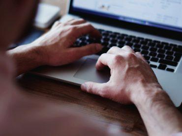 Онлайн-платформа Coursera будет бесплатно выдавать беженцам по всему миру сертификаты о прохождении курсов