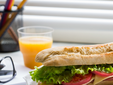 9 офисных привычек, которые могут плохо влиять на здоровье