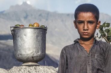 Работа в ООН, запрет на алкоголь и платья, школы без девочек и зарплаты в $5000: жизнь украинцев в Пакистане