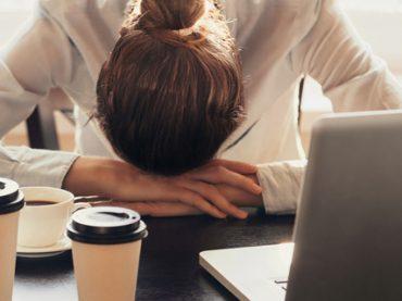 Каждый третий сотрудник ежедневно испытывает стресс на работе: результаты опроса