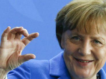 В Германии подняли зарплаты чиновников