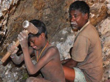 BMW, Volkswagen и Audi обвинили в использовании детского труда