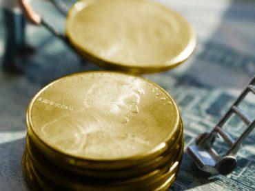 Финансовый вопрос: у каких специалистов зарплаты выросли больше чем на 40%