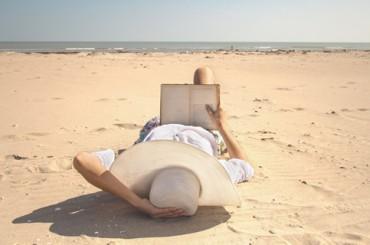 Почитать в субботу: самая желанная работа, читательские привычки успешных людей, где начинать карьеру без опыта и как преодолеть «зависимость» от смартфона