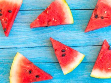 Почитать в субботу: обзор интересных стажировок осени, как управлять временем с помощью помидора, зарядка от стресса и правила работы Хемингуэя