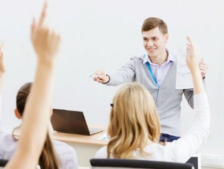 Онлайн-платформа Prometheus запускает проект смешанного обучения в украинских вузах