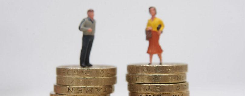 Женщины просят прибавки к зарплате не реже мужчин, но чаще получают отказ – исследование