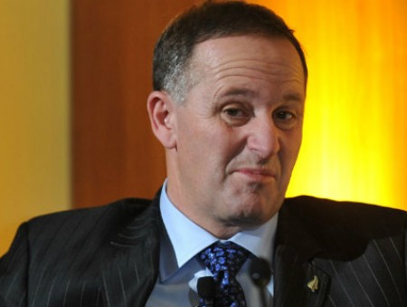 Премьер Новой Зеландии упрекнул местных безработных в лени и наркомании и позвал в страну мигрантов