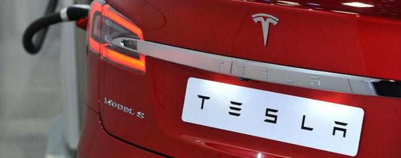 Китайские хакеры взломали Tesla Model S