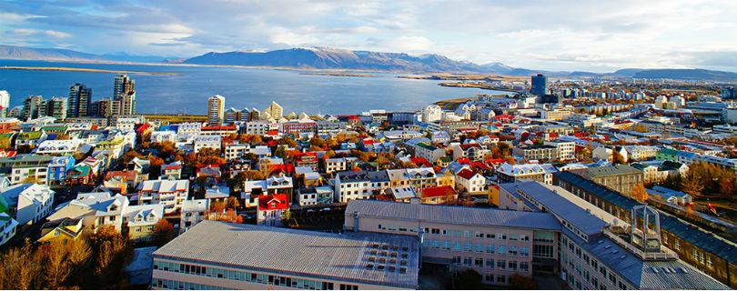 Женщины Исландии ушли с работы пораньше, протестуя против неравенства в оплате труда