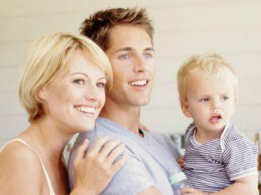 Молодые родители ждут от работодателей льгот, а не повышения зарплаты