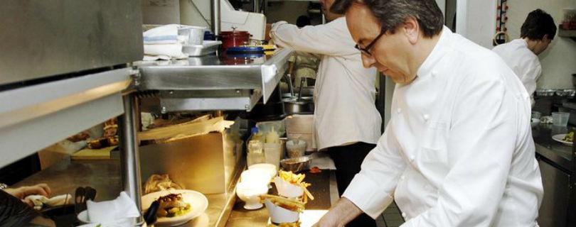 Шеф-повара мишленовского ресторана отштрафовали на $1,3 млн за невнимательность