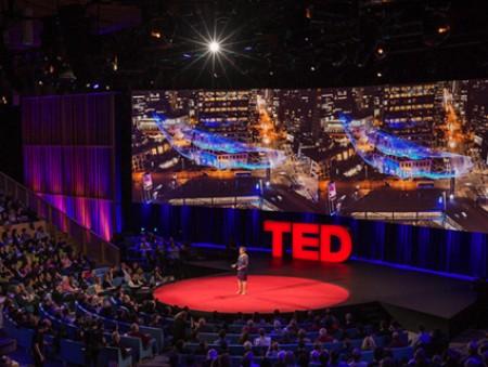 Переписка со спамером, борьба с привычками и детский обман: 7 самых популярных лекций TED 2016 года