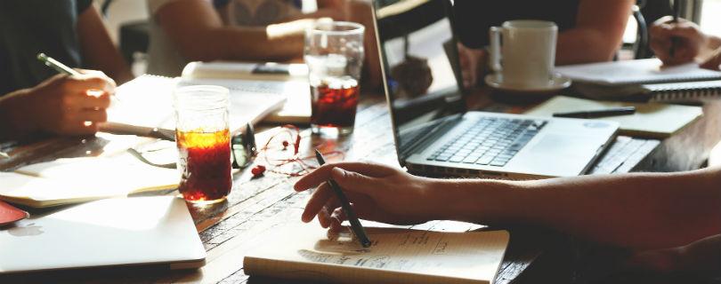 В 2025 году рынок труда захватят фрилансеры – опрос