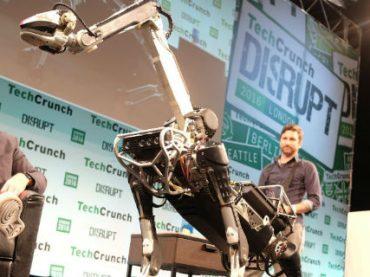 В Boston Dynamics создали робопса-помощника для престарелых