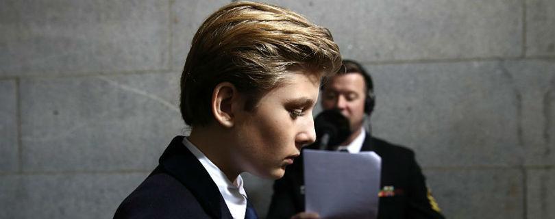 Журналистку уволили за шутку о сыне Дональда Трампа