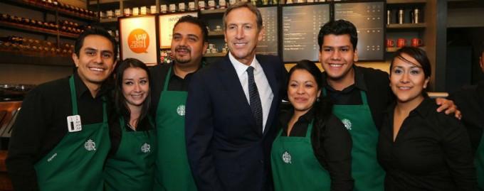 Starbucks пообещал работу 10 000 беженцев в ответ запреты Трампа