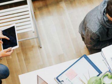 Удаленные сотрудники чаще страдают от бессонницы, чем их офисные коллеги