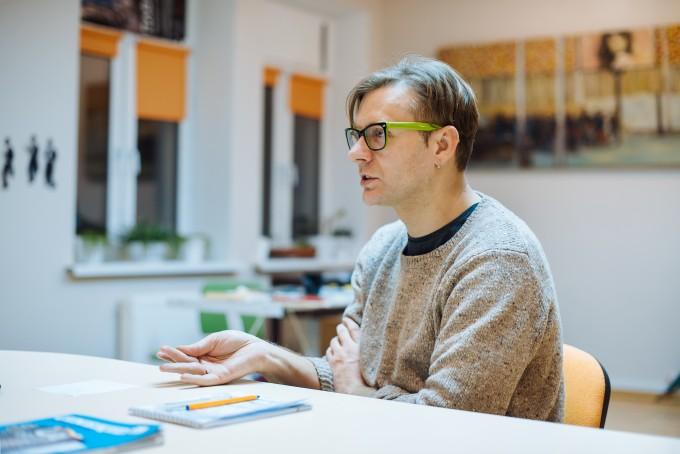 интервью с главным поставщиком авторского кино в Украину Денисом Ивановым