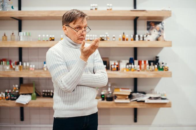 «В парфюмерии все так же, как в музыке, – только из других материалов»: интервью с парфюмером Евгением Лазарчуком