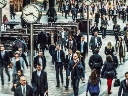 Британские топ-менеджеры получают 386 минимальных зарплат — доклад