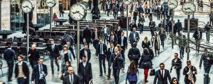 Британские топ-менеджеры получают 386 минимальных зарплат - доклад