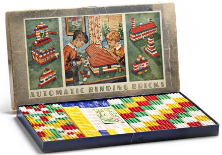 Творці Lego Оле та Годфред Кірк Крістіансен: як кольорові кубики допомогли стати найбагатшою сім'єю Данії