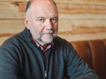 «До первой публикации я получил 600 отказов от издательств»: интервью с писателем Андреем Курковым